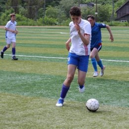 Футболисты из Южно-Сахалинска проиграли два матча, а команда из Южно-Курильска одержала две победы