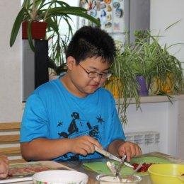 Вареники с клубникой для гостей из Японии