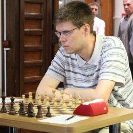 За два тура до финиша на «Кубке АО «Гидрострой» лидируют три международных гроссмейстера