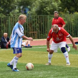 Команда из Макарова выиграла региональный турнир ветеранов футбола