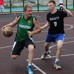 Команда «Зло» стала победителем третьего этапа областного турнира по стритболу