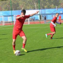 Тренеры ОГАУ «ФК Сахалин» положительно оценили футбольное поле стадиона «Космос»