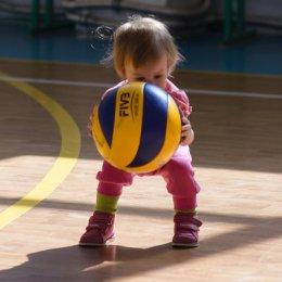 ВЦ «Сахалин» приглашает заниматься волейболом!