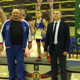 В Кубке мэра Невельского городского округа по вольной борьбе приняли участие около150 спортсменов