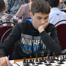 Островные шахматисты на первенстве ДФО чередуют победы и поражения