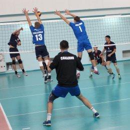 В Южно-Сахалинске стартовал мужской чемпионат области по волейболу