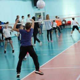 Свыше десяти команд приняли участие в турнире по мини-волейболу в рамках Спартакиады школьных клубов
