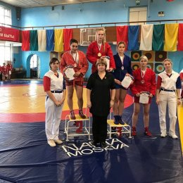 Софья Мирошниченко завоевала золотые медали чемпионата и первенства ДФО по самбо