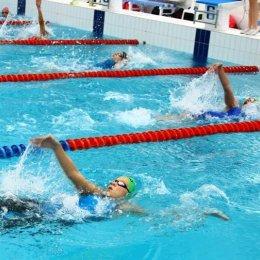 Островные пловцы выполнили норматив мастера спорта и улучшили рекорды области