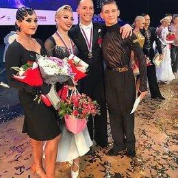 Евгений Мошенин и Дана Спицина завоевали серебряные медали чемпионата страны