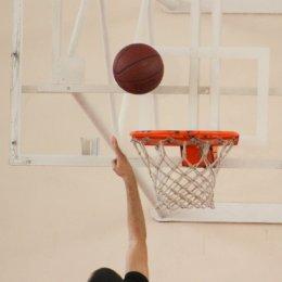 Сахалинские баскетболисты лидируют в Хабаровске