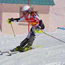Сахалинские горнолыжники заняли третье место в командных состязаниях