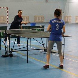В Ногликах состоялись состязания по настольному теннису и стрельбе в рамках районной Спартакиады