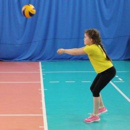 Волейболисты из Анивы выиграли турнир детских команд, посвященный Дню Победы