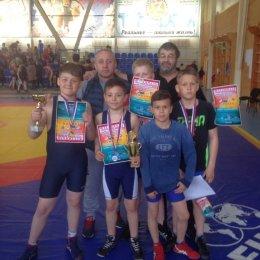 Островные борцы греко-римского стиля завоевали четыре медали международного турнира в Комсомольске-на-Амуре