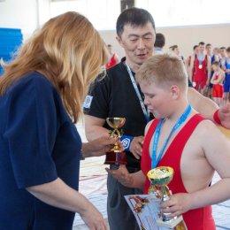 В Южно-Сахалинске состоялся турнир по греко-римской борьбе «Кубок Победы»