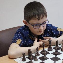 Шахматисты, ладьи к бою!