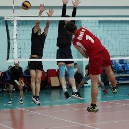 «Динамо» одержало победу в открытом волейбольном турнире среди мужских команд