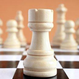 Семь участников оспаривали награды шахматного блиц-турнира