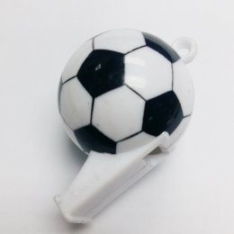Сегодня День рождения футбольного свистка