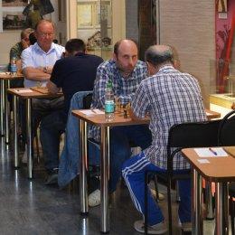 Два международных гроссмейстера лидируют на «Кубке АО «Гидрострой»