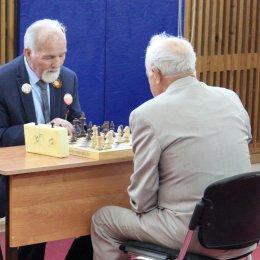 Ветераны Великой Отечественной войны сыграли в шахматы и шашки