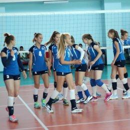 Шесть команд заявились на женский чемпионат области по волейболу