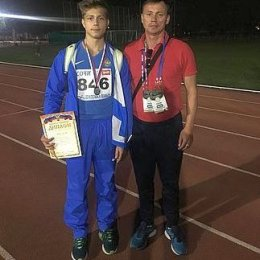 Дмитрий Зимин метнул мяч на серебряную медаль