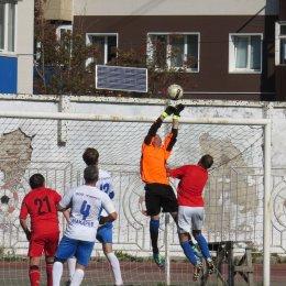 Ветераны из Невельска выиграли областной футбольный турнир
