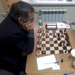 Турнирную таблицу чемпионата области возглавляет Олег Верещагин