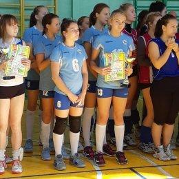 Сахалинские волейболистки выиграли турнир в Уссурийске