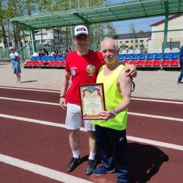 «Ветеран» победил в мини-футбольном турнире в Смирных