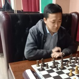Дмитрий Ден стал победителем турнира по двоеборью из шахмат и бильярда