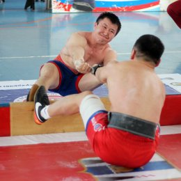 Соревнования по мас-рестлингу в Поронайске собрали 50 участников