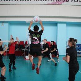 В Южно-Сахалинске состоялись региональные физкультурные соревнования по японскому мини-волейболу