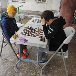 Серию сеансов одновременной игры продолжил Тимур Кутбиддинов