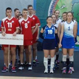 Сахалинские волейболисты завоевали бронзовые медали зонального турнира первенства страны