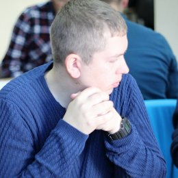 За три тура до финиша чемпионата области лидирует холмчанин Андрей Петренко