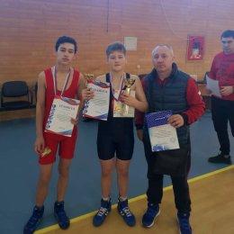 Сахалинские «греко-римляне» завоевали две медали дальневосточных соревнований