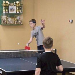 Юные теннисисты разыграли медали городского первенства