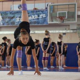 Сахалинские гимнастки тренируются под руководством чемпионки мира