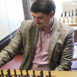 После двух туров 11 шахматистов имеют 100-процентный результат