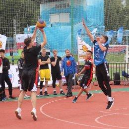 В «Оранжевом мяче» приняли участие 24 команды
