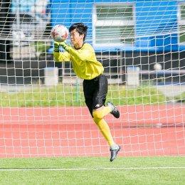 Футболисты из Саппоро потренировались на «Спартаке» и обменялись подарками с министром спорта островного региона