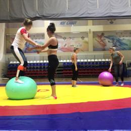 Анна Шухова продолжает подготовку к сезону в составе юниорской сборной России