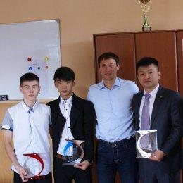 Олег Саитов поздравил победителя и призера Спартакиады учащихся России