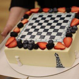 Юные сахалинские шахматисты выиграли матч у сотрудников нефтегазовых компаний