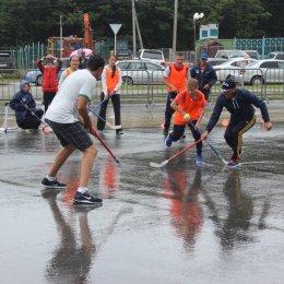 Хоккей под дождем
