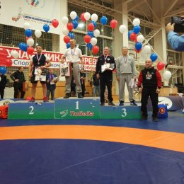 Олег Накагава занял третье место на чемпионате России по греко-римской борьбе среди ветеранов