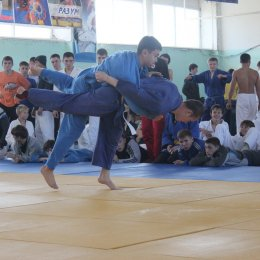 Сахалинские дзюдоисты боролись за путевки на первенство ДФО